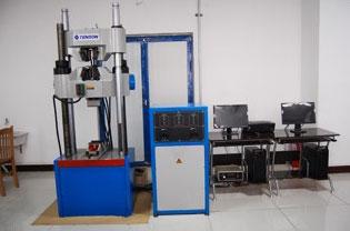 微机控制电液伺候万能试验机